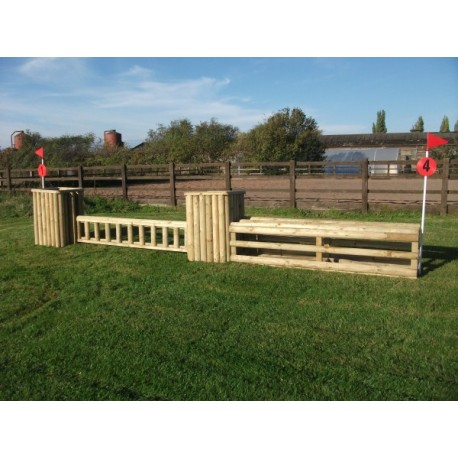 SET 2  - 2 Pillars and 2 fences