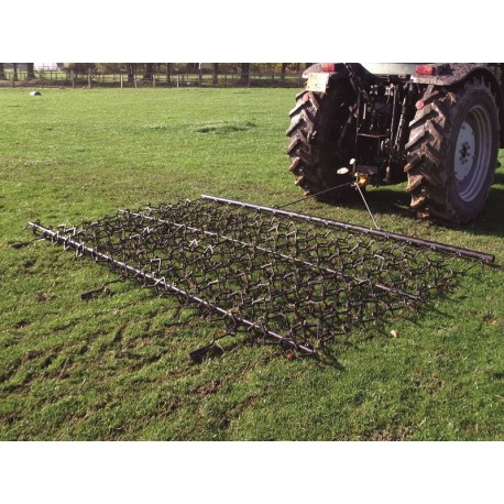 8ft Chain & Spike Trailed Harrow
