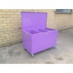 Low Painted Mobile SMALL Feed Bin - 3 Compartments