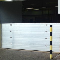 2.55m - 5m Nautilus Barriers w Demountable Post